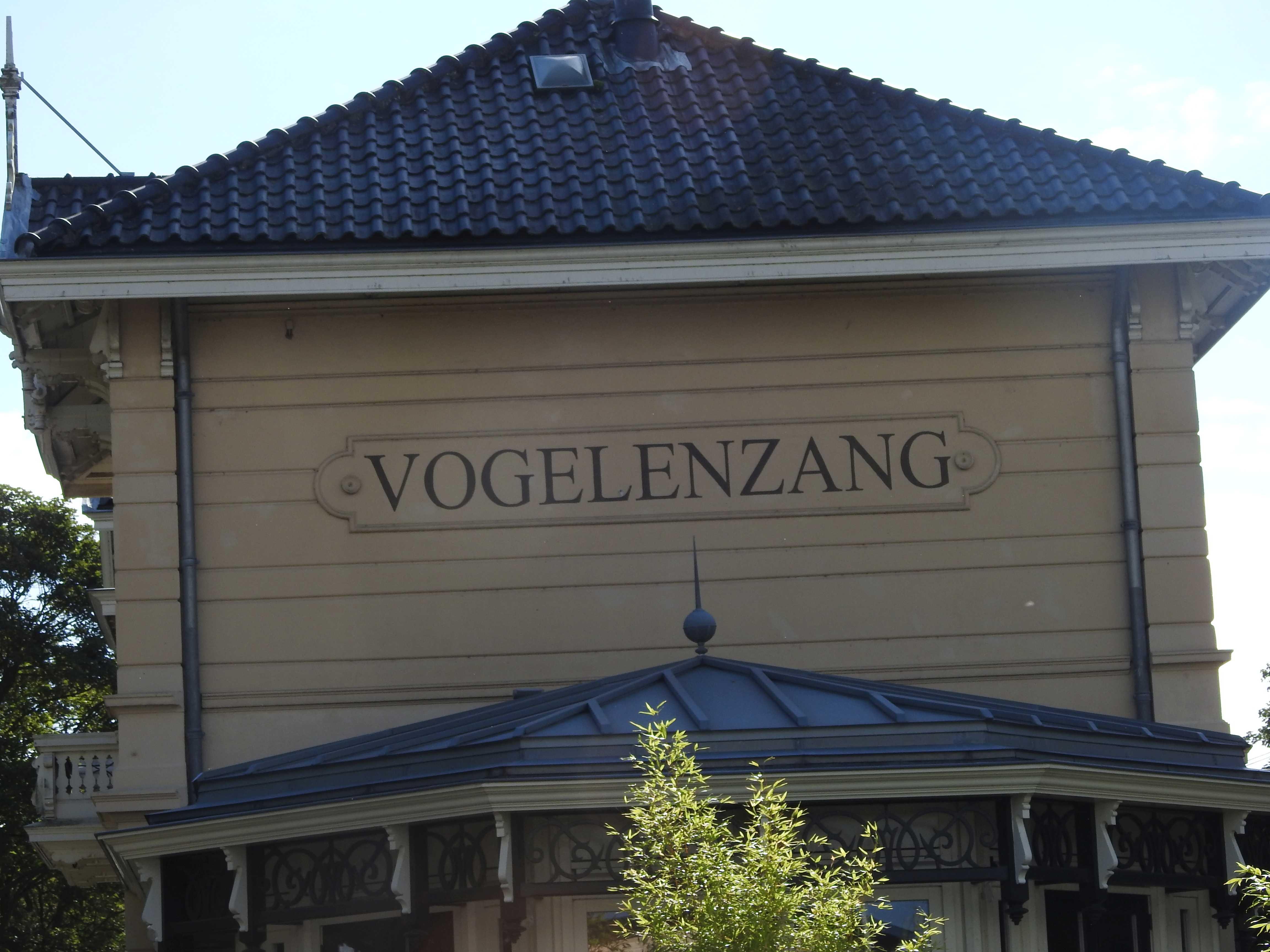 Vogelenzang Station